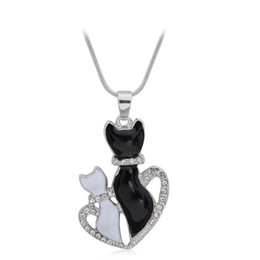 Fashion Animal Jewelry Crystal Love Cats Pendant Necklace Black With White Two Cats Jewelry For Women Ladies
