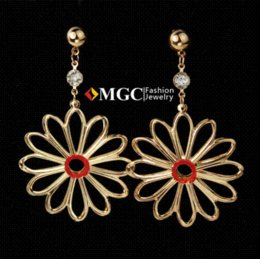 Wholesale 18K Gold Plated Big Drop Earrings Beautiful Flower Basketball Wives Dangle Earrings Jewellery For Women Store MGC E612