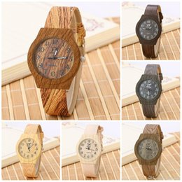 Wholesale Watches for women Simulation Watches Casual Wooden Color Leather Strap Watch Wood Male Wristwatch Men Wooden Quartz Watches
