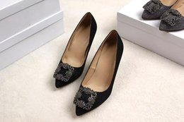 Wholesale Gold sequined shoes cm with the new trend of high shoes new technology and new design element under new designers Seven Wonders