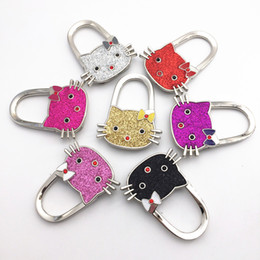 Wholesale Creative Fashion Kitty Handbag Hooks Rhinestone Bag Hooks Multi Use locking bag Hangers Holder Folding Bag Purse Hooks for Table