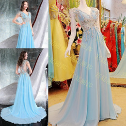 2018 Fashion V-neck Chiffon Long Evening Dresses Beautiful Sweep Train Hollow Back Appliques Crystals Beaded Real Prom Party Dresses