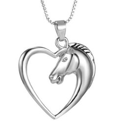 Wholesale women girl mom gifts Fashion New jewelry plated white K Horse in Heart Necklace Pendant Necklace