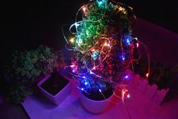 Luces de hadas blancas con pilas en venta-10PCS 10M 100 llevó 3 alambre de acero decorativo accionado por batería de la batería del alambre de plata del alambre se calientan el blanco para la decoración del banquete de boda de la Navidad