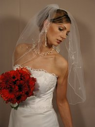 Best Selling Elegant Top Quality Best Sale Cheap Romantic Mantilla veil Elbow color is white and ivory Amazing Ribbon Edge Veils