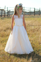 Boho Style White Flower Girls Dresses 2019 New Style with Lace Sashes Hollow Back A Line Sheer Scoop Neckline Ivory Communion Dresses