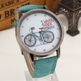 Wholesale Women Watches Neutral Quartz Watch High Quality New Arrival Leather Flower Strap Casual Student Watches Simple And Stylish Bicycle Pattern