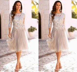 2019 Silver Mother Of The Bride Dresses With 3 4 Long Sleeves Lace Tulle Knee Length Mother Bride Dresses