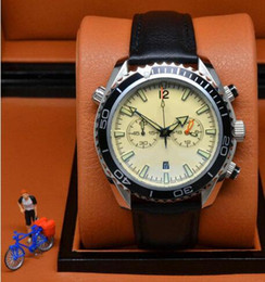 Wholesale Discount Luxury brand white dive chronograph limited Watch Professional Planet Ocean Co Axial Dive Wristwatch original clasp Men Watches