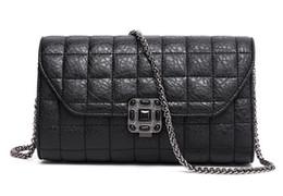 Promotion chain bag women s handbag vente chaude nouveau sac à main de marques célèbres c sac en cuir de concepteur chaîne Double Flap Sac matelassé en agneau Mode féminine Sac de 7 couleurs