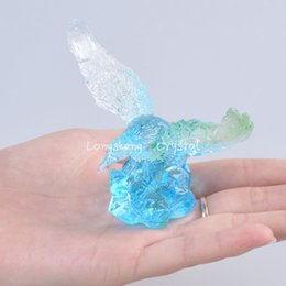 Wholesale LSL002 Blue Liuli Blue Crystal Eagle Paperweights Table Decorations Beautiful Collectibles