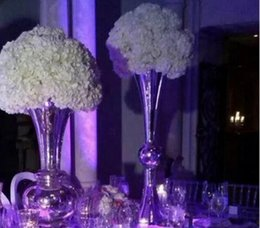 Wholesale cheap elegant new designe Best selling gold iron Wedding flower stand Centerpiece Vase supplier