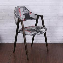 Wholesale Minimalist modern designer vintage wood and Metal Bar Stools metallic iron chair bar chair bar stools cafe shop decoration