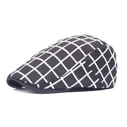 Wholesale Ms gingham beret male advance hats contracted cap in spring and summer