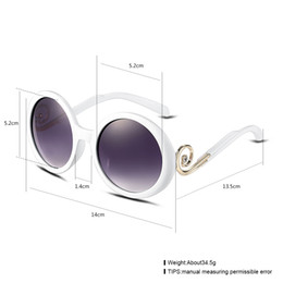 Wholesale The new lady fashion frog mirror the sun glasses Women s glasses glasses wholesaler website factory direct sales agents to join YJ