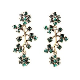 Wholesale Royal Affair Exaggerated Long Gold Antique Jewelry Novelty Shining Cluster Brand Earrings All Match Clearly Sparkly Crystal china