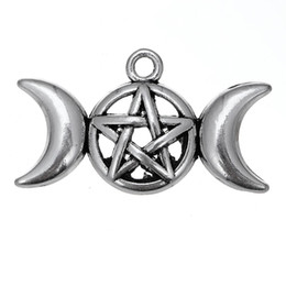 Wholesale Triple Moon Goddess Magic Wiccan Dome Pendant Charm Zinc Alloy Antique Silver Plated Amulet Talisman of Pentacle Jewelry