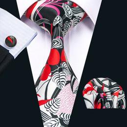 New Style Mens Printed Ties Red Black Flower Pattern White Business Wedding Silk Tie Set Include Tie Cufflinks Hankerchief N-1251