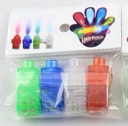 2016 laser conduit doigts 600pcs / lot gratuit de Noël Laser cadeau DHL lampes de poche doigt doigt, LED laser Finger lumière LED (opp emballage) M094 laser conduit doigts offres