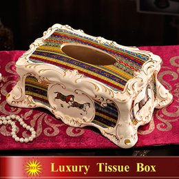 Wholesale Porcelain tissue box ivory porcelain god horses design embossed outline in gold antique quality tissue box decoration tissue box