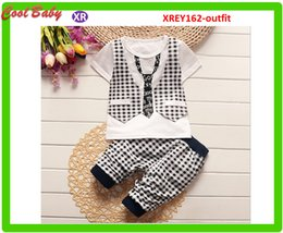 Summer Striped Vest Two-piece Casual Striped shorts For Boy Baby 0-5Years Old With Stripe Tie Gentleman Suit 6sets Free Ship XREY162