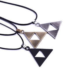 The Legend of Zelda Necklace Triforce Zelda Triangle Logo Necklace Triforce Pendan Alloy Triangle Movie Jewelry