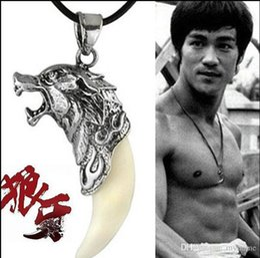 Wholesale Titanium steel jewelry spike Men s necklace domineering Pendant Necklace Silver Color Necklace Pendants Fashion Wolf Fang Necklace