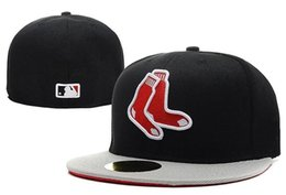 Wholesale best quality Cleveland Indians New York Mets Chicago Cubs Boston Red Sox Fitted Hats Hip Hop Embroidered Full Closed Baseball men women Cap