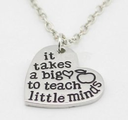Wholesale Hot sale New arrival Teacher s Necklace It Takes a Big Heart to Teach Little minds Silver heart charm Necklace