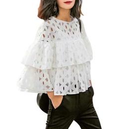 Compra Online De manga corta cuello en v-El cordón blanco elegante de las nuevas mujeres de la manera DT39-H ahueca hacia fuera las tapas ocasionales de la marca de la manga del O-cuello de las camisas del círculo de la colmena de la blusa corta