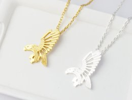 Retro metal flying eagle exaggerated hollow necklace pendant necklace woman delicate jewelry collier animals clavicle necklace jewelry sale