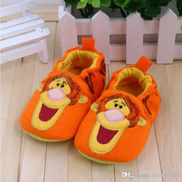 2017 spring and autumn winter cotton soft bottom slip shoes orange Tigger andMinnie Mousebaby boy and girl shoes baby first walker sh