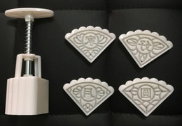 52g sector shape Moon Cake Molds with 7pcs flower Stamps plastic hand pressure chinese moon cake mould,20sets lot.