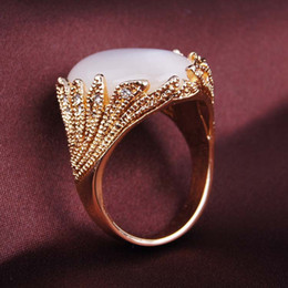 2016 European and American fashion hot big ancient silver ring retro diamond jewelry 18K gold ring female
