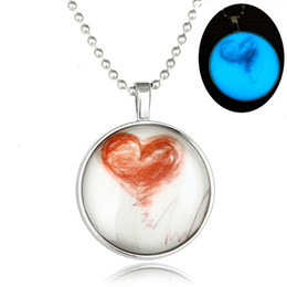 The new luminous electrocardiogram beating heart pendant necklace 60cm long section of heart-shaped diamond necklace Glow