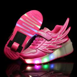 Enfants Chaussures Roller Avec Ailes Boy Girls Automatique Lampe LED Flashing Roller Patins Roller Mode Panten Cuir Chaussures Enfants à partir de enfants enfants chaussures ailées fournisseurs