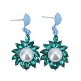 2017 New Fashion Flower Matte gold Plated Earring Main Color For Women big pearl Earrings