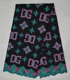 Chaussures habillées pour les femmes prix à vendre-Tissu africain de dentelle nouvelle qualité de modèle avec le prix le plus cher 5 yard pour les femmes chaussures de dentelle de robe de dentelle plus de tissu d'écran de poular