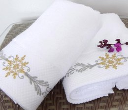 Wholesale SPA club cotton towel elegant color embroider face towel g thickness style white towel