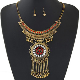 Vintage African Jewelry Set Crystal Decoration Tassel Pendant Statement Jewelry Sets Indian Necklace Earrings Set For Women