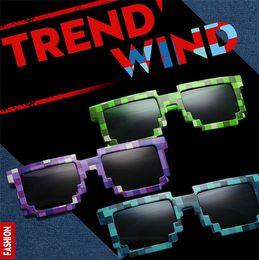 Wholesale Pixelated Bit Fashion sunglasses Code Programmer Retro Pixelated Video game Party Mosaic grid Square sunglasses color