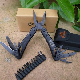 Wholesale New arrival GB bear multitool pliers replaceable jaw design multitool Combination Pliers sheath Screw