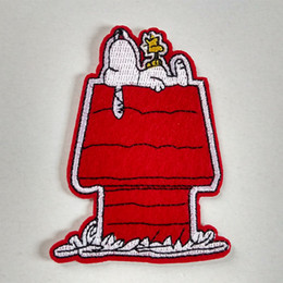 Wholesale Woodstock Snoopy Lying On Top Of Doghouse Iron on Embroidered cartoon patch Shirt Kids Gift baby shirt bag trousers coat Decorate