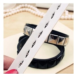 New Fashion Hot white and black Vintage women men punk Wrap Rivet Leather Bracelet Free Shipping