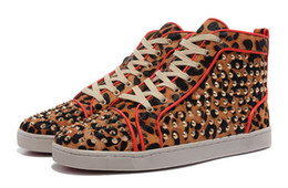 Cheap High Top Studded Flat Spikes Casual Flats Red Bottom Luxury Shoes Brand New For Men and Women Party Designer Sneakers Genuine Leather