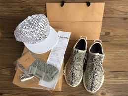 Wholesale best quality closest shape green patch boost kanye shoes drop shipping mens womens Sneakers hat Keychain Socks Bag Receipt Boxes
