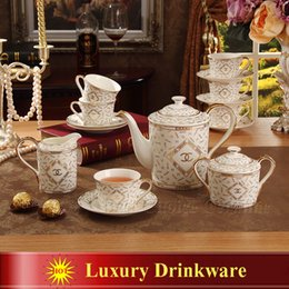 Wholesale Porcelain coffee set luxury bone china outline in gold European tea set coffee pot coffee jug sugar bowl cup saucer set