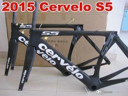Wholesale T1000 original design Cervelo s5 full carbon road bicycle bike frame di2 internal cable carbon frame glossy road bike frame A06