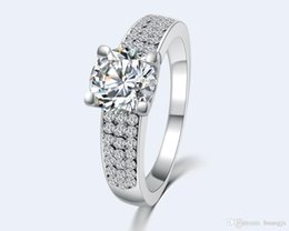 2016 Wedding Topaz Fashion 18K Gold Plated White Crystal Ring Aneis Femininos CZ Diamond Rings For Women Jewelry 81E500