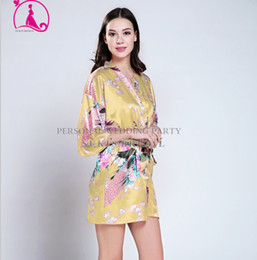 Wholesale Silk Bathrobe Women Floral Robes Bridesmaids Peacock Kimono Long Silk Robes For Bridesmaids Dressing Gowns For Women New